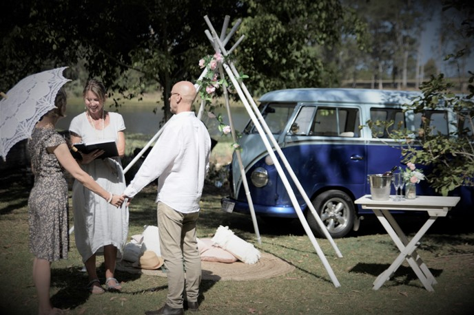 kombi elopement package