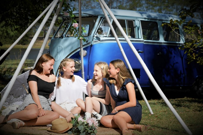 kombi parties and events